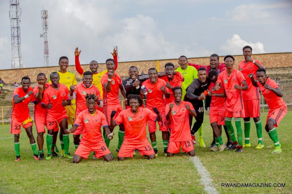 Gicumbi FC na Etoile de l'Est zazamutse mu kiciro cya mbere